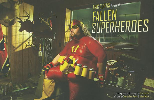 Fallen Superheroes By Curtis, Eric (PHT)/ Perry, Scott Allen/ Mock, Adam